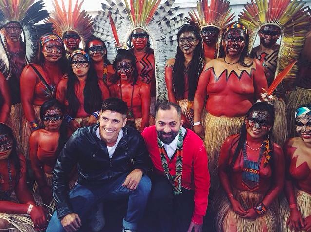 Reynaldo Gianecchini, Alberto Hiar e tribo Yawanamá / Backstage / SPFW: Verão 2016