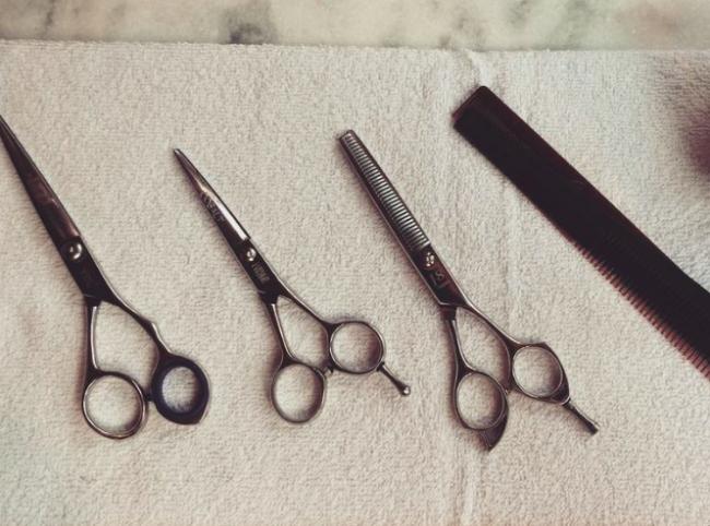Barbearia Cavalera: O ritual de cuidar do cabelo e da barba